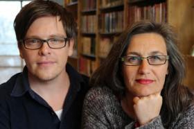 Journalisterna Jens Mikkelsen och Katia Wagner.
