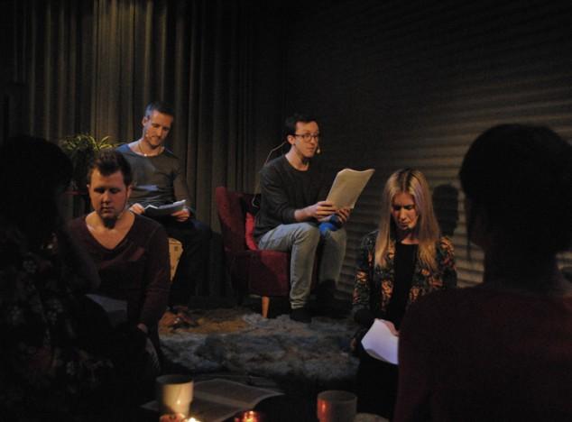 Teater NU vid ett framträdande på Frilagret.