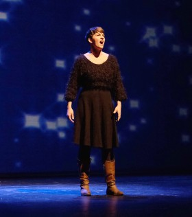 Finska sångerskan Maria Ylypää har rollen som Kristina i musikalen Kristina från Duvemåla.