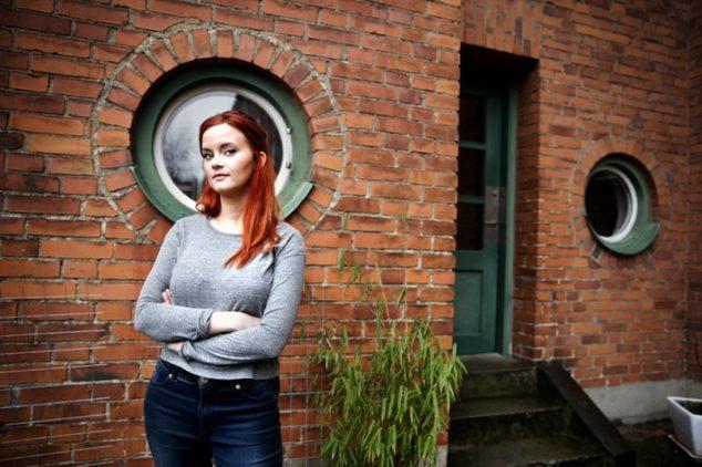 """Nanna Johansson slog igenom med serieboken """"Hur man botar en feminist"""" och är känd från bland annat Tankesmedjan och Aftonbladets podd Lilla Drevet. Foto: Emil Malmborg"""